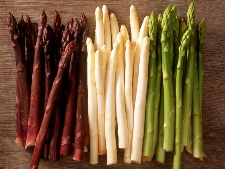gli-asparagi- La verdura di aprile